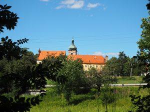 bývalý kláštěr Lnáře